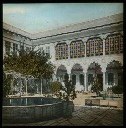 Glasplattendia Hof im hause Chamije. Damaskus