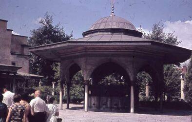 Dia Konstantinopel. Gräber an Moschee [Istanbul]