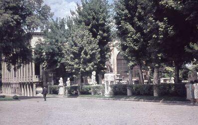 Dia Konstantinopel. Arch. Museum (Garten) [Istanbul]