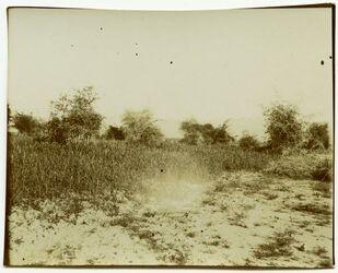 Fotografie In Ror mit dem Blick auf die Moabiterberge.