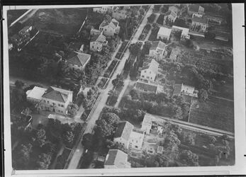 Fotografie Haifa Deutsche Kolonie v.d. Seeseite l. erstes Haus Tempelschule u. Betsaal