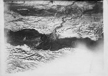 Fotografie Nr. 29 Jordan bei der Mündung des w. Kelt v.O. [wohl Umgebung Wadi Kelt, hadschla-Furt (Jordan, Taufstelle nach Gustaf Dalman)]