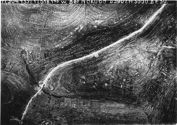 Fotografie w. Bet Nakuba r.[unleserlich] oben nahe elkerje l. [unleserlich] unten w. (in) ed-dilbe Anschluss an 746b [GDIp00159]