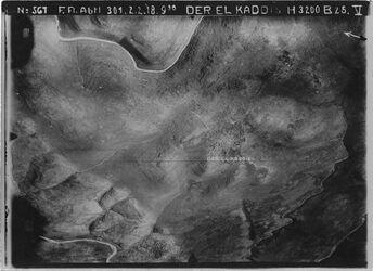 Fotografie der El Kaddis [Deir Qaddis] UBR WNW r.u. Anschl. an 564 m.u. [GDIp00537] unten l. w. melaki [malaki?] oben l. Anschl. an 538 r [GDIp00541] 563 m [GDIp00539]