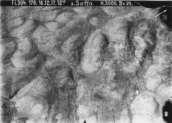 Fotografie s. Saffa, l. davon schab ed-din in d. Mitte w. el-kibli mit Strasse bet ur lidd UBROSO