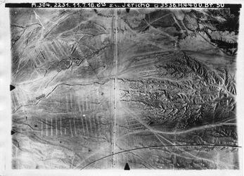 Fotografie s.w. Jericho zw. [zwischen] nebi musa [En-Nebi Musa] u. Jericho Teil von 1046 [GDIp00892]