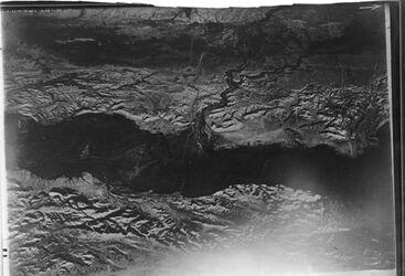 Fotografie Jordan u.w. Kelt v.O. [wohl Umgebung Wadi Kelt, hadschla-Furt (Jordan, Taufstelle, nach Gustaf Dalman)]