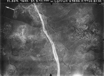 Fotografie w. Latrun Anschl an 704 r. viell. ch. artura 2 km v. el-chalte [n]