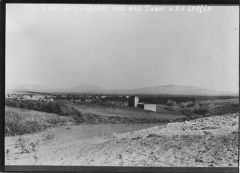 Fotografie Blick ü. die Ebene Jesrael nach dem Tabor u. Ed Ledjin Blick auf Tabor u. nebi dahi l. gulil-Berge Mühle von leggun U.B.R SW