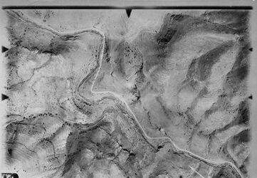 Fotografie Weg n. essalt III [Es-salt] Anschluss an 1116 [GDIp01171]