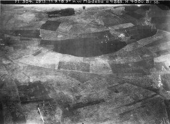 Fotografie n. w. Madeba [Madaba] l. Anschl. an 1174 [GDIp01195] rechts Anschluss an 1177 [GDIp01198]
