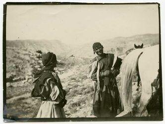 GDIp01631; Fotografie; bei ibrim [Beduinen, in Bestand von rund 5.000 nach Themen und Orten sortierten Kleinbildabzügen
