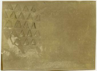 Fotografie columb. [Taubenhaus] w. essir [Muster teils mit Bleistift nachgezogen]