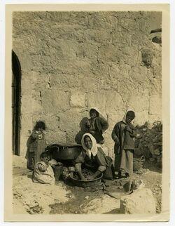 Fotografie Bethanien, Waschen mit Seife [Betanien]
