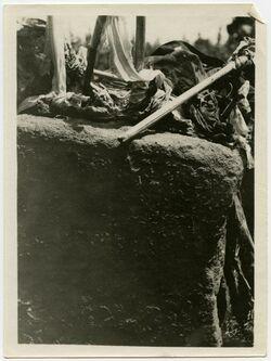 Fotografie schech jusif bei hana [oder naua?, Inschrift]