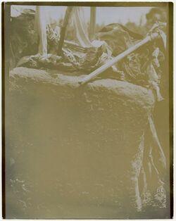 Fotografie schech jusif bei hana [oder nau?, Inschrift]