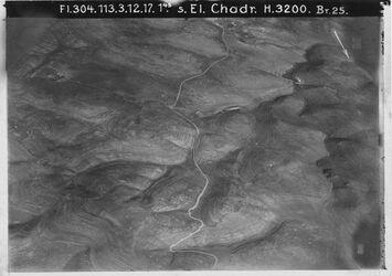 Fotografie s. El Chadr. [El chadr] Hebronweg Nr.7 Pfeil umzukehren