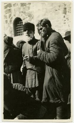 Fotografie Russenpilger mit Osterkerze [Juden]