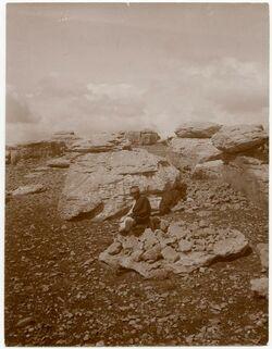 Fotografie Felsengrappe [?] bei betin [beitin] [Steinkreis]
