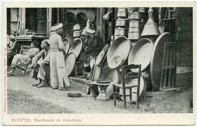 Fotografie Egypte. Marchands de chaudrons. [Postkarte]