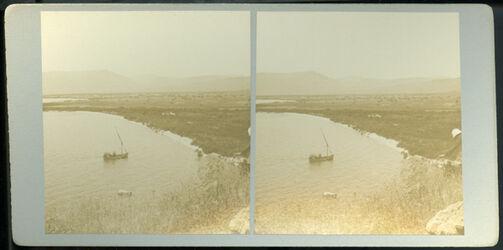 Stereofotografie Plain of Genesareth and the Lake from Bethsaida [et-tell]. [Ebene und See Genezareth von Bethsaida aus]
