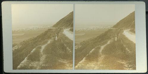 GDIs00065; Stereofotografie; Haifa from Mount Carmel. [Haifa vom Berg Karmel aus], aus 153 Stereoskopbildern mit wohl dazugehörigem Stereoskop