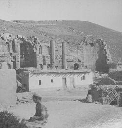 GDIs00103; Stereofotografie; The Basilica, Amman. [Amman, Basilika], aus 153 Stereoskopbildern mit wohl dazugehörigem Stereoskop
