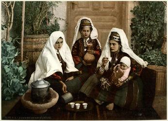 Photochrom Femmes de Bethléhem. [Frauen von Bethlehem]