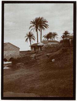Fotografie Dorf bei der [Al-Mir-]Mühle am Anga [Andscha, Andscha, Yarkon]