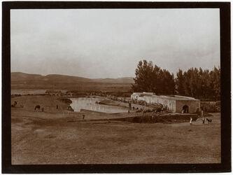 Fotografie [Al-Mir-]Mühle n. Brücke über den anga [Andscha, Andja, Yarkon] bei eg-Garise [Edsch-Dscharische, Edj-Djarische] v. S.