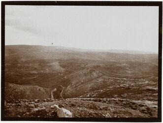 Fotografie bettir n. chirbel eljehud v. NW [Wadi Bettiir]