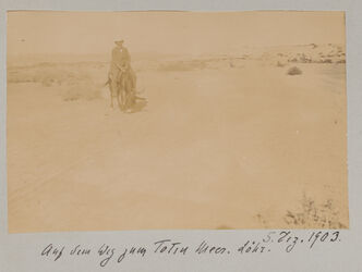 Fotoalbum Auf dem Weg zum Toten Meer. Löhr. 5. Dez. 1903.
