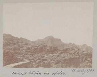 Fotoalbum en-nebi harun von ed-der [Petra]. 26. März 1904.