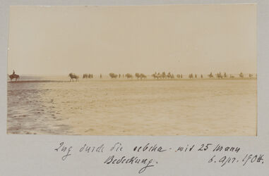 Fotoalbum Zug durch die sebcha mit 25 Mann Bedeckung. 6. April 1904.