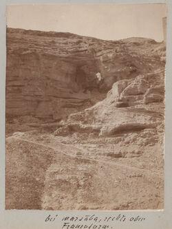 GDIs01217; Fotoalbum; bei marsaba, rechts oben Frauenturm., Album Gustaf Dalman, 1903-05, Blatt 24 Vorderseite (GDIs01212) unten rechts