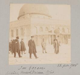 Fotoalbum Im haram [Jerusalem, Felsendom] Schwöbel, Eberhard, Dalman, Ejjub.