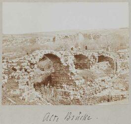 Fotoalbum Alte Brücke [wohl bei Gerasa].