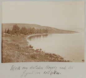Fotoalbum Blick vom deutschen Hospiz [wohl in Meron] nach der Gegend von tell hum [Kafarnaum].