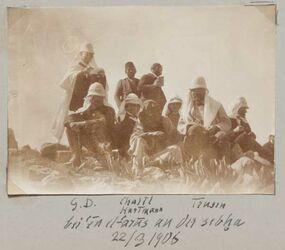 Fotoalbum G. D. [Gustaf Dalman] Chalil Hartmann Trusen bei