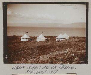 Fotoalbum Unser Lager am See Tiberias [Genezareth (See)]. 8/9 April 1907.