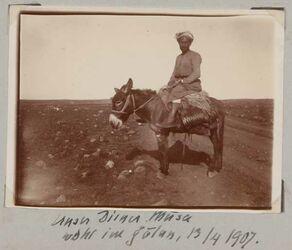 Fotoalbum Unser Diener Musa wohl im Golan, 13/4 1907.