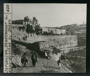 GDIs02343; Postkarte; Jerusalem, Stadtmauer u. Aksa-Mosche v. Süden [geheftet an Werbeschreiben von Bruno Hentschel, Fotograf, Leipzig
