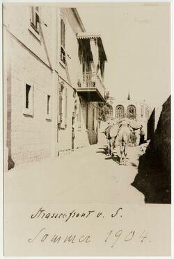 GDIs02165; Fotografie; [Jerusalem, Palästinainstitut] Strassenfront v. S., aus dem Nachlass Julia Männchen, hierin private Aufnahmen aus der Familie Aurelius (Dalman)