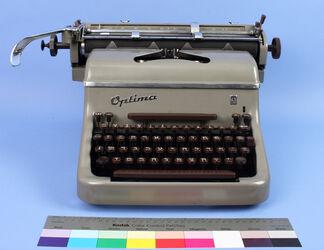 Schreibmaschine mit hebräischer Tastatur