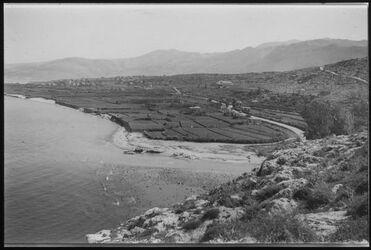 Glasplattendia Klingenberg Blick auf die Ebene südlich Byblos von nahr el-kelb