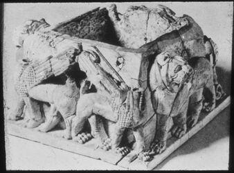 Glasplattendia Tell el-mutesellim [Megiddo], Elfenbeinbüchse