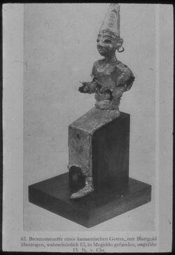 Glasplattendia Chicago, Orient. Inst., Bronzestatuette eines kann. Gottes aus Tell el-mutesellim [Megiddo], 13.Jhd.