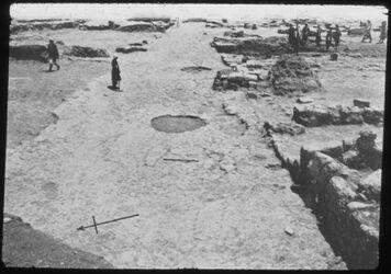 Glasplattendia Tell el-mutesellim [Megiddo], Straße 368 in Stratum IV