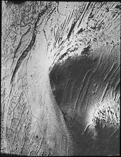 Glasplattendia gebel [dschebel, djebel] elkleb [wohl gebel el kuleb] v. NW (1819 m)