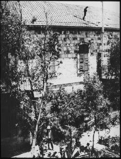 Glasplattendia Institutshaus Sommer 1921 [Jerusalem, Palästinainstitut]